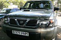 Мухобойка (дефлектор капота) Nissan Patrol (Y61) 1998-2004 (Carbon)