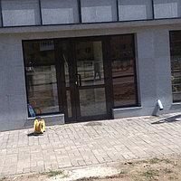 Двустворчатые алюминиевые двери