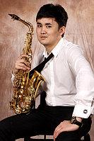 Ермек Меденов (Саксофонист и Певец)