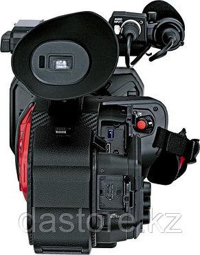 Panasonic AG-DVX200 4K видеокамера с сенсором Four Thirds и встроенным зум-объективом, фото 2