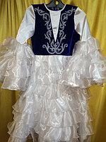 Платье для танцев в национальном стиле с головным убором