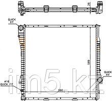Радиатор BMW X5 E53 00-06