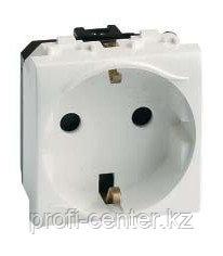 DKC 76482B Электрическая розетка, с заземлением, со шторками, белая, 2 мод.