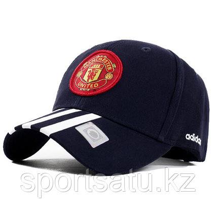 Бейсболка футбольного клуба Манчестер Юнайтед