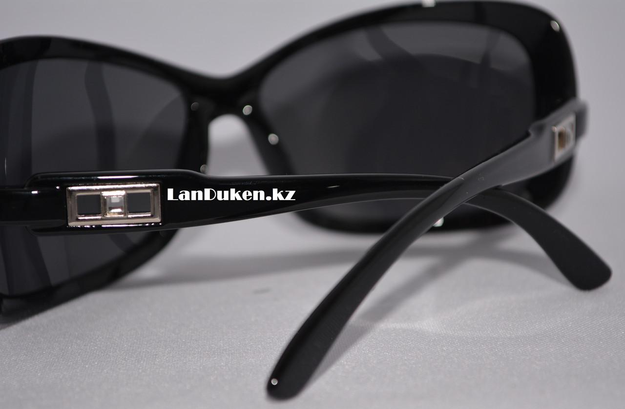 Женские поляризационные очки солнцезащитные черные POLAROID (P307) - фото 4