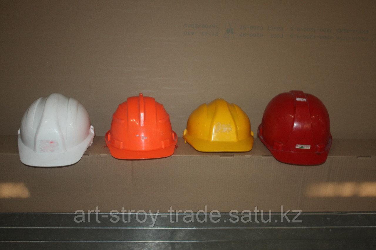 Каски строительные в ассортименте - фото 1