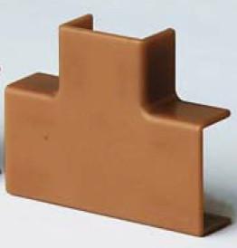 IM 22x10 Тройник коричневый (розница 4 шт в пакете, 20 пакетов в коробке)