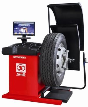 Балансировочный станок для грузовых автомобилей TRUCKER LUXE (СБМП-200-Л)