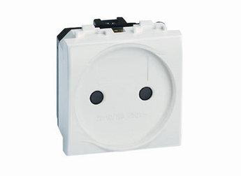 Электрическая розетка, без заземления, со шторками, белая, 2мод.