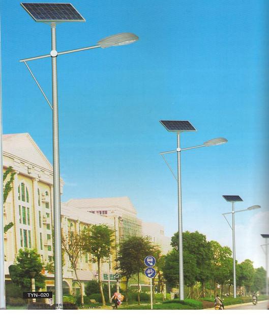 Фонари для освещения улиц, автомагистральных трасс, дорог государственной важности и т.п.