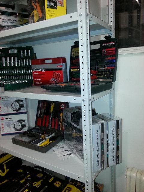 Стеллаж металлический в магазине инструментов All-tools.kz -1