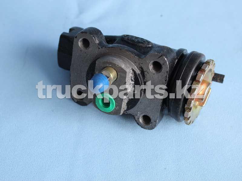 Цилиндр тормозной переднего правого колеса задний (QYH) 40x50 M8x1.5, D40, M10x1.5 FAW 3501320-B1