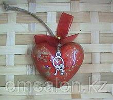 Дизайнерская валентинка с кулончиком в подарок
