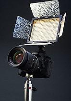 YN-300 III Накамерный LED 5500К прожектор с аккумулятором NP-F970 и  зарядным устройством, фото 3