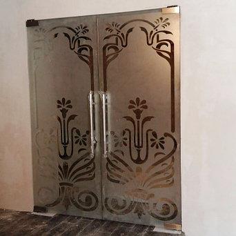 стеклянные раздвижные и распашные двери  17