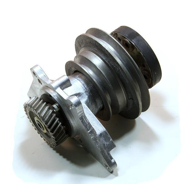 238НБ-1308011-Д Пpивод вентилятоpа Трактор