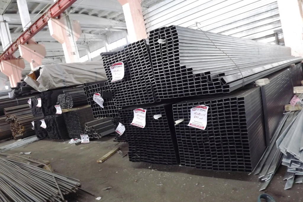 Труба стальная прямоугольная размеры 180х140х6 ст.09Г2С 12м
