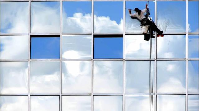 Инвентарь для мойки окон и фасадов