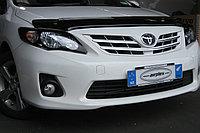 Защита фар Toyota Corolla 2010-2012 с чёрным рисунком