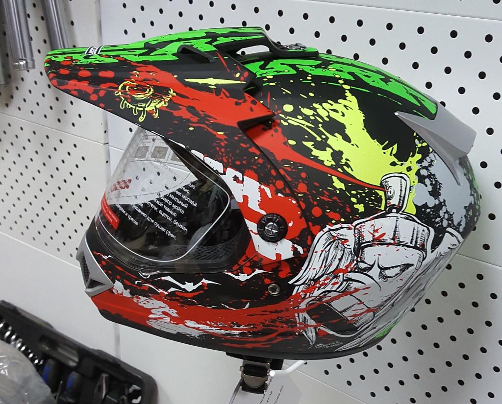 R-500N (L) Чёрно-зелёно-бело-красный Мотошлем RACER