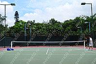 Стойки для большого тенниса, с сеткой.