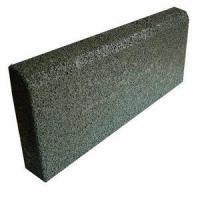 Резиновый бордюр для резинового покрытия