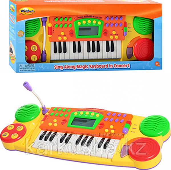 Детский музыкальный синтезатор WinFun