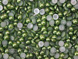 Полубусины.  4 мм. Зеленые.Creativ 42 - 6
