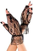 Кружевные черные перчатки