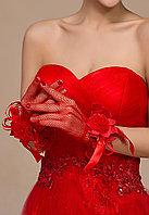 Перчатки с бантом красные