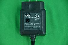 Сетевой адаптер JVC AP V12U (круглый штекер), фото 3
