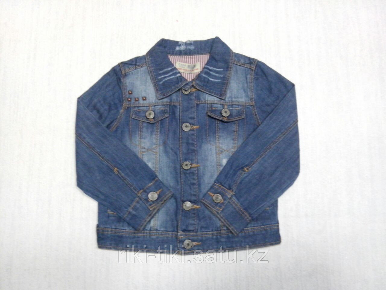 Джинсовая куртка для девочки светлая