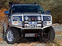 Бампер для Toyota Hilux с 2011 г. с подкрылками