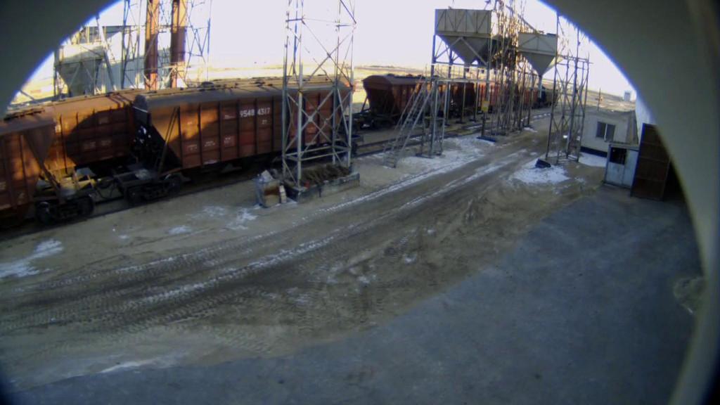 Изображение с IP-камеры Beward BD4330 в уличном исполнении в термокожухе