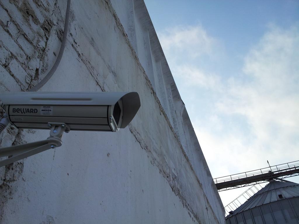 IP-камера Beward BD4330 в уличном исполнении в термокожухе