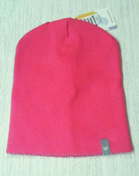 Яркая вязанная шапка для девочек
