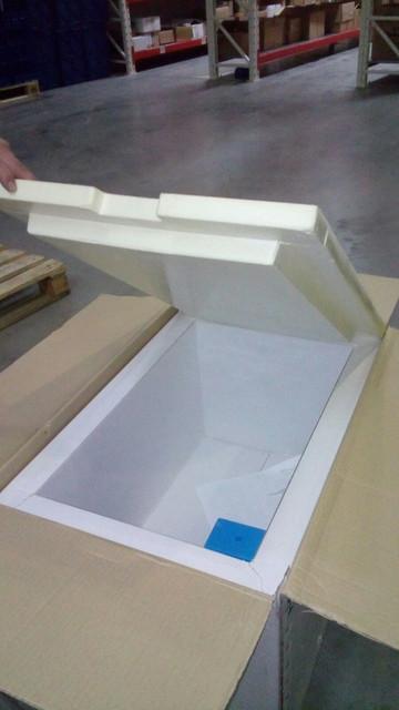 Термоконтейнер пенопластовый,с крышкой. для перевозки крупногабаритных скоропортящихся продуктов.