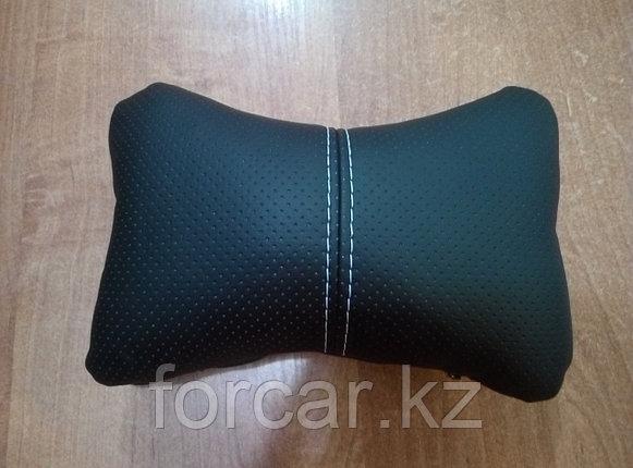 Подушка под шею «ЭКОКОЖА» черный/черный/белый, фото 2
