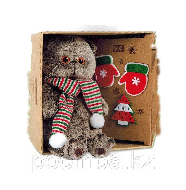Басик с набором елочных игрушек