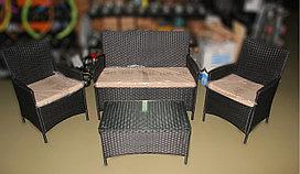 Комплект мебели (софа, 2 кресла и столик)