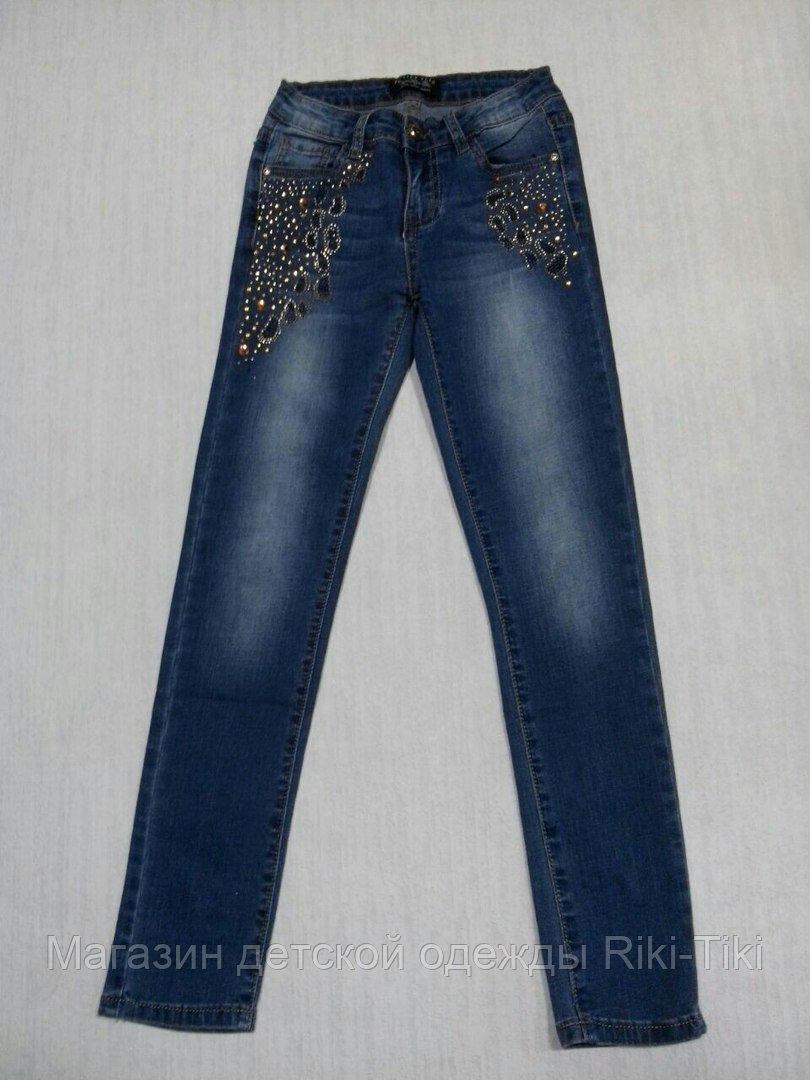 Брендовые джинсы для девочки со стразами