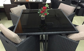 Комплект ротанговой мебели (стол, 4 стула и 4 пуфа)