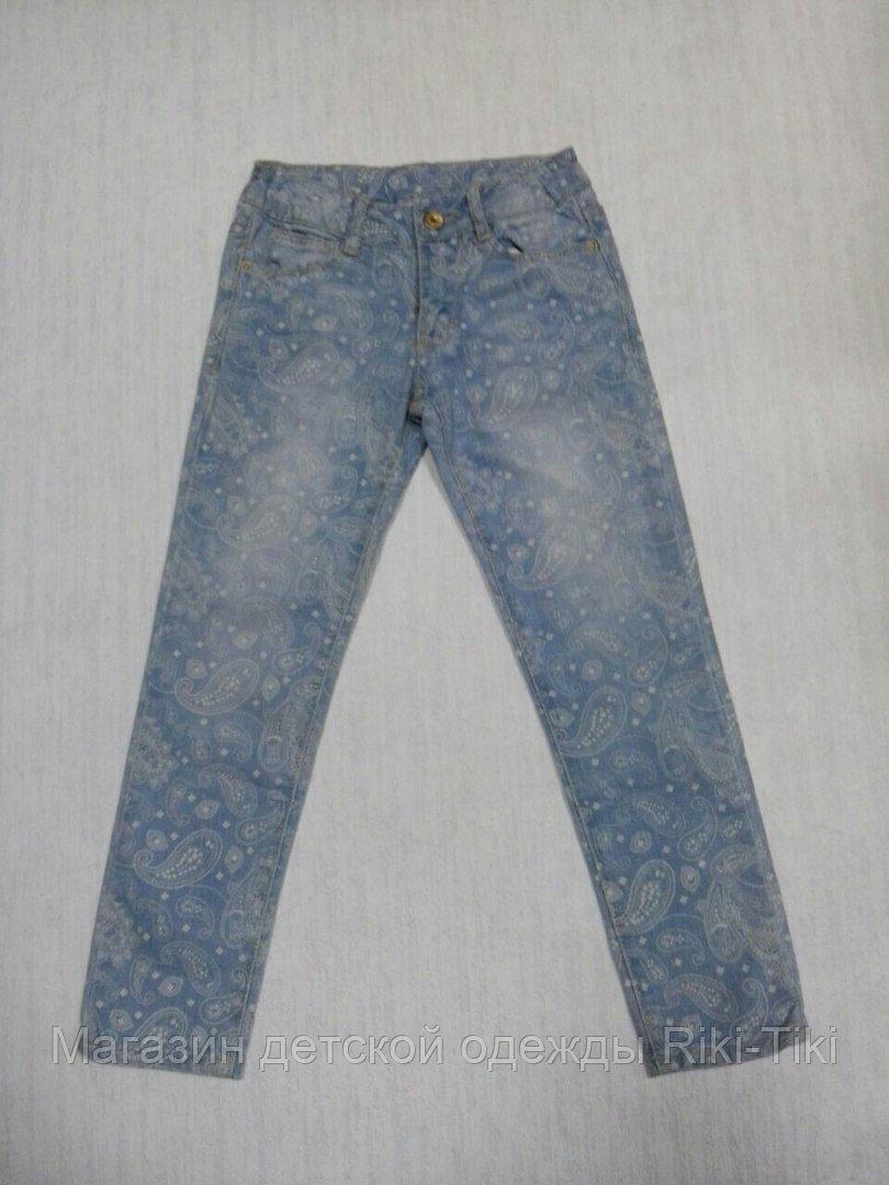 Светлые джинсы для девочки огурцы