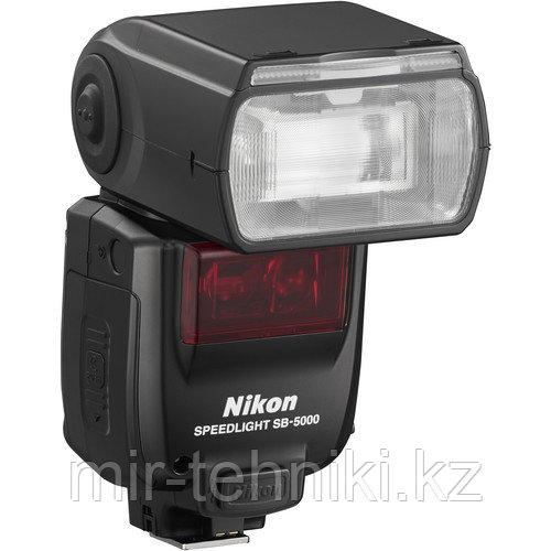 Вспышка  Nikon SB5000
