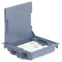 Напольная коробка, горизонтальная, 18 модулей, крышка под ковровое/паркетное покрытие, цвет серый