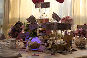 candy bar - фуршетный стол с огромным количеством сладостей для ваших любимых гостей.