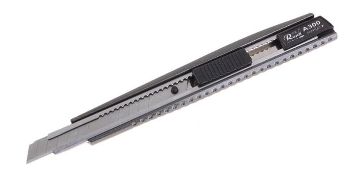 Нож канцелярский металлический  9 мм