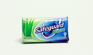 Мыло твердое Safeguard Nature Алоэ 100г