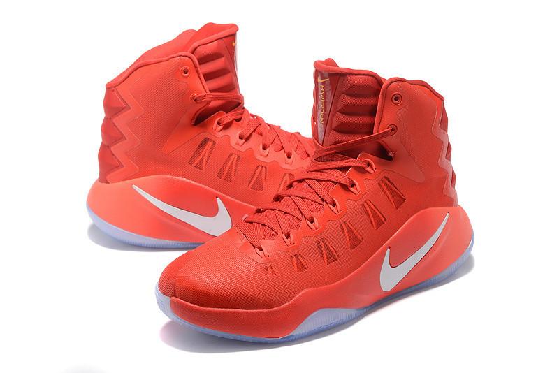 Баскетбольные кроссовки Nike Lunar Hyperdunk 2016