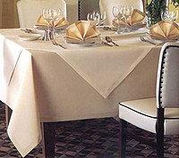 Скатерти белые,молочные,водоотталкивающие для ресторанов,кафе и т.д.